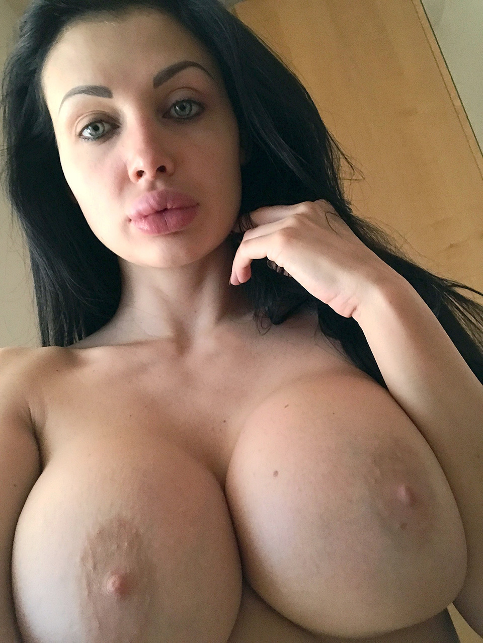 Aletta Ocean Leaked Photos
