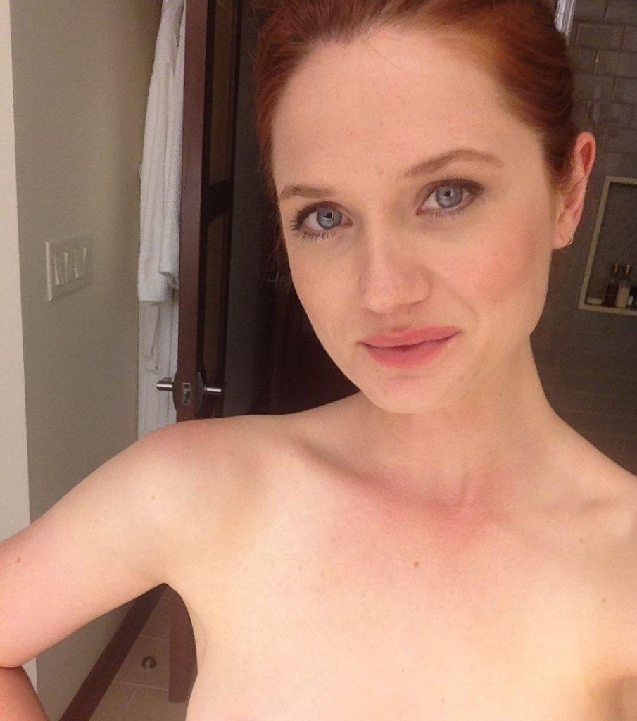 Bonnie Wright Leaked Nude Photos
