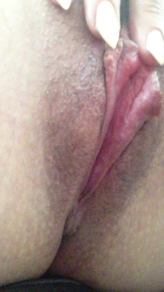 Carly Pope Leaked Video, Masturbation