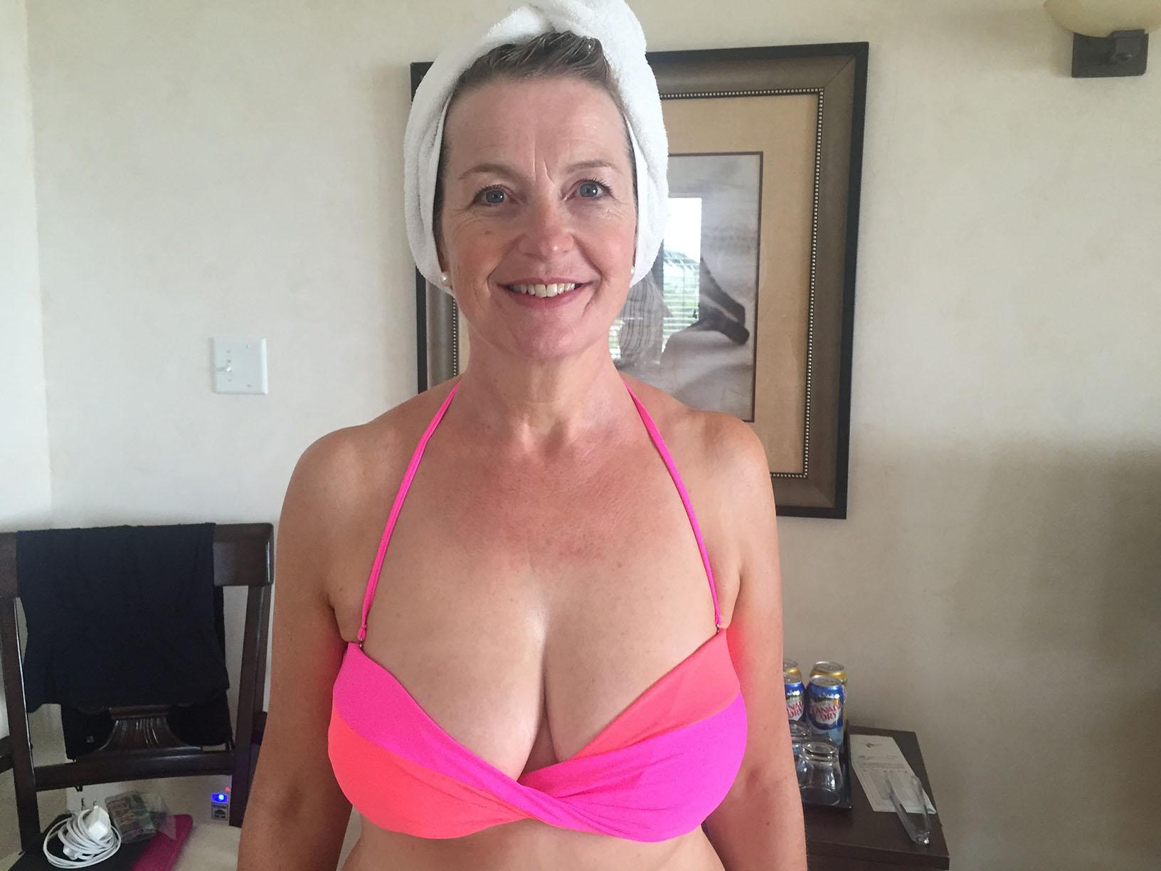 Carol Kirkwood Leaked Pussy and Boobs Pics
