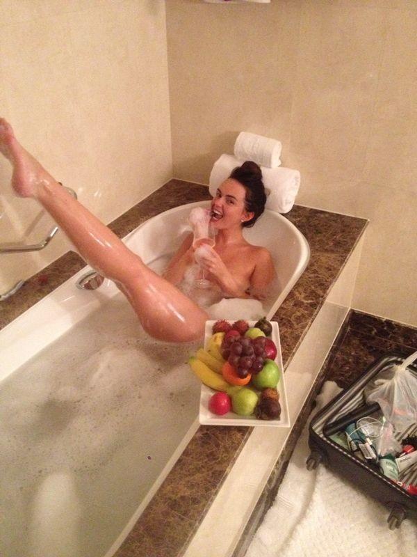 Jennifer Metcalfe Nude Photos Leaked, Boobs