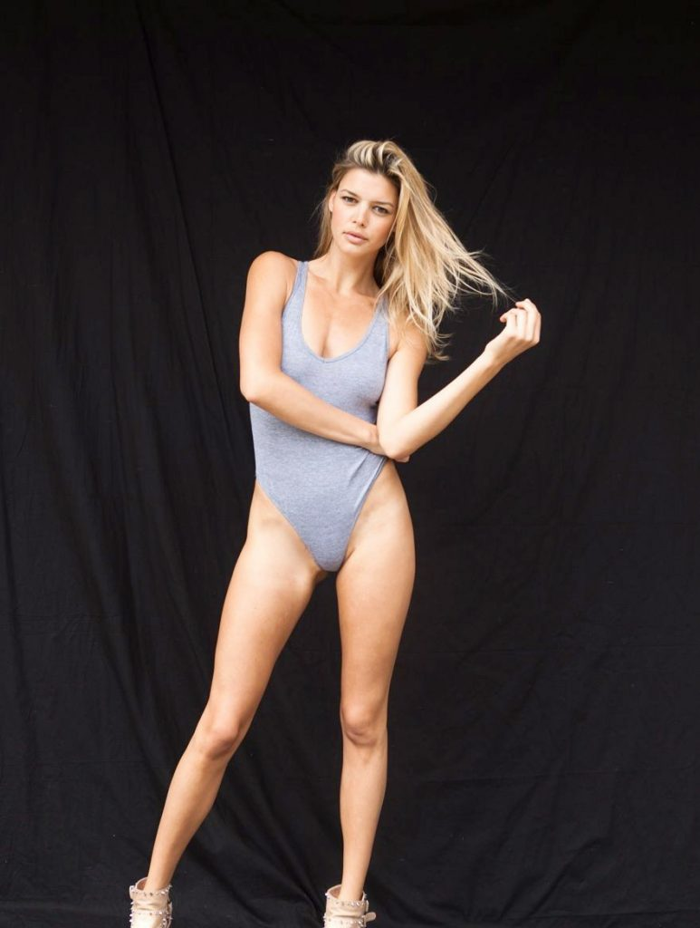 Kelly Rohrbach Leaked Pics, Video Too
