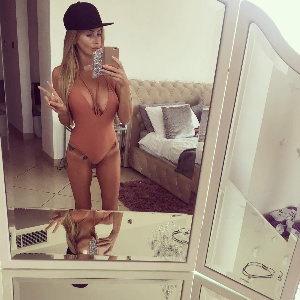 Laura Anderson Nude Photos Leaked, Body and Tits