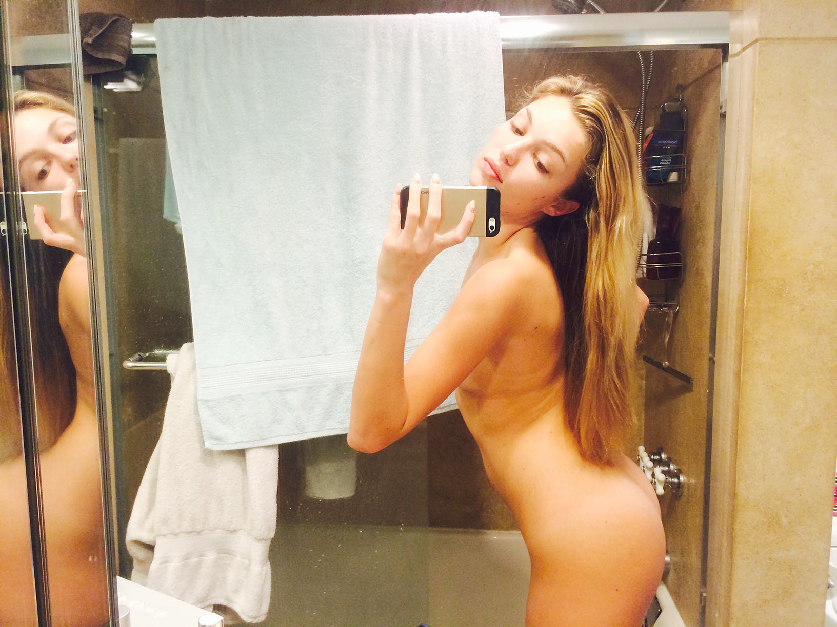 Lili Simmons Leaked Nude Photos, Ass and Tits Pics