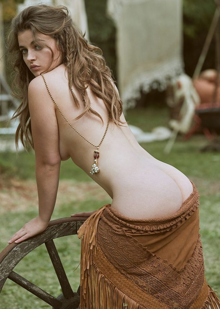 Ronja Forcher Nude Pictures, Boobs and Ass