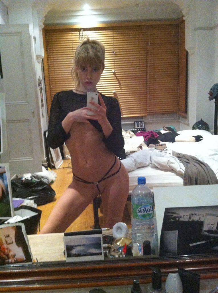 Suki Waterhouse Nude Photos Leaked, Full Nude