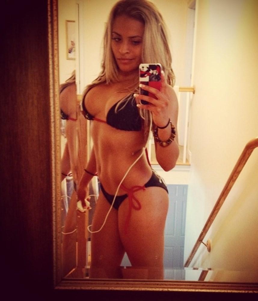 Zelina Vega Nude Photos Leaked, Body and Ass