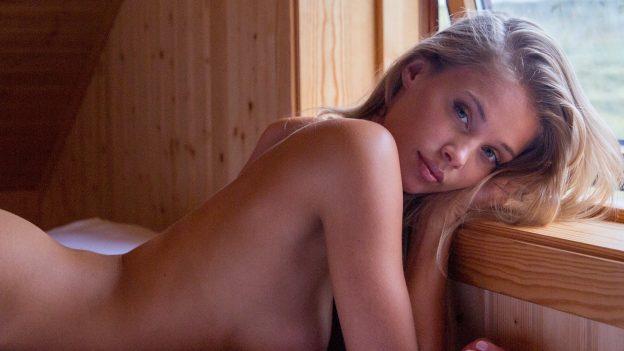 Allie Leggett Nude PIctures, Amazing Lips