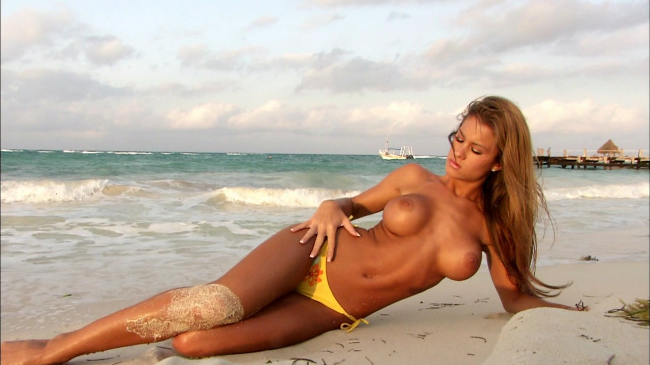 WWE Brooke Adams Leaked Photos and Nude Pics
