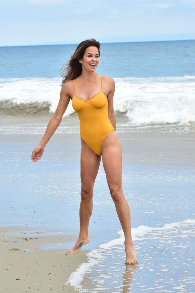 Brooke Burke Sexy Braless Photos