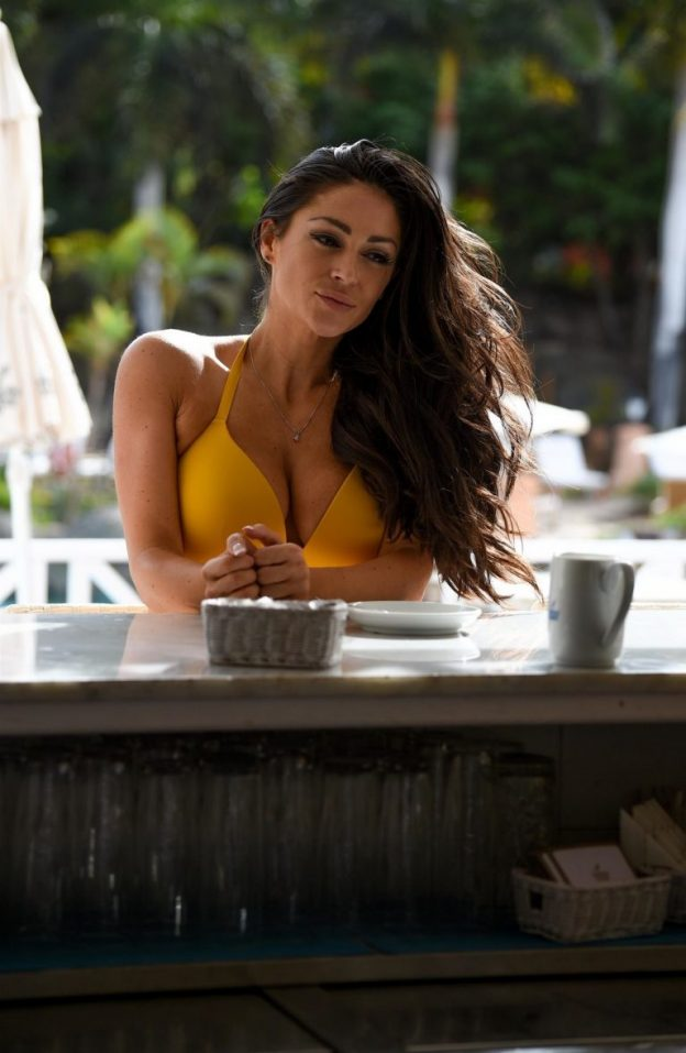 Casey Batchelor Sexy Photos, Big Tits