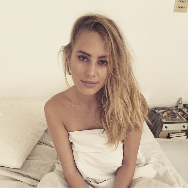 Dylan Penn Leaked Pics, Masturbation Video