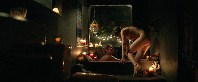 Emily Bett Rickards, Jana Winternitz Nude