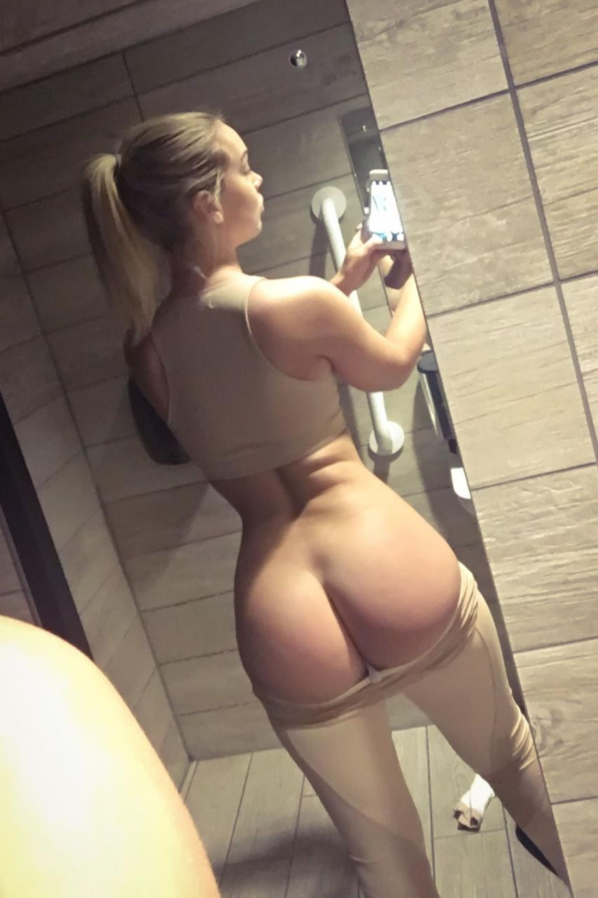 Hannah Martin Nude Leaked Pictures, Ass and Tits