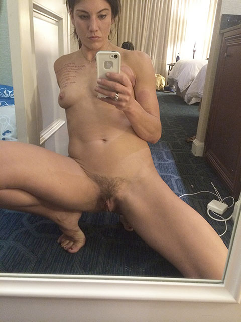 Hope Solo Leaked Pics, Pussy Close Up and Masturbation