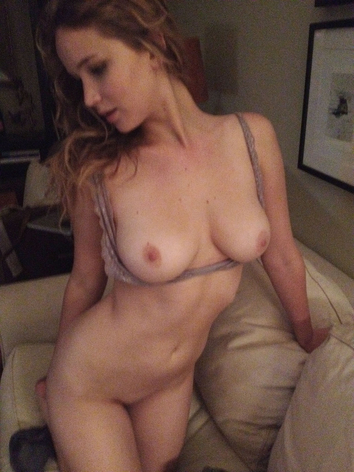 Jennifer Lawrence Leaked Photos, Nude and Sex Pics