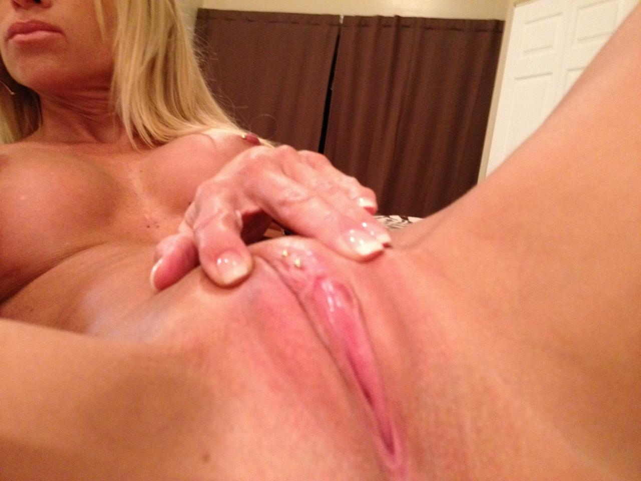 Julie Kicklighter Nude Photos Leaked, Spreading Pussy
