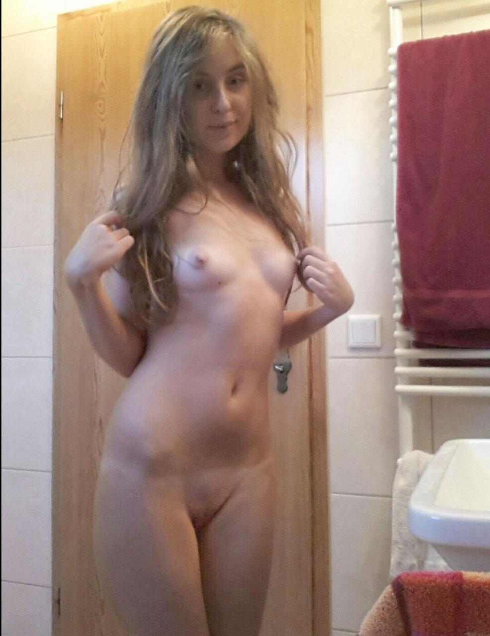 Katharina Bo Llig Nude Pics Leaked, Boobs and Pussy