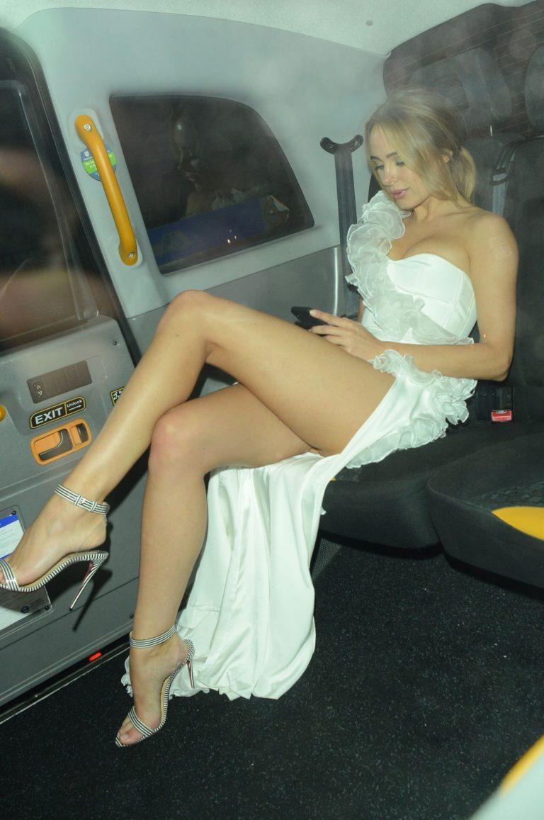 Kimberley Garner Stunning Photos, Sexy Legs