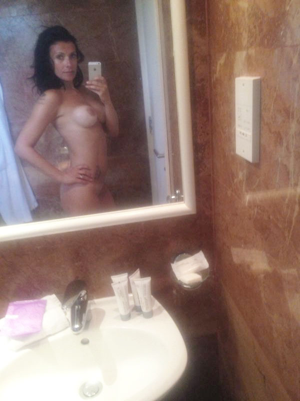 Kym Marsh Leaked Nude Pictures, Blowjob