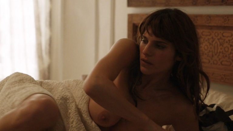Lake Bell Nude Pictures and a Video