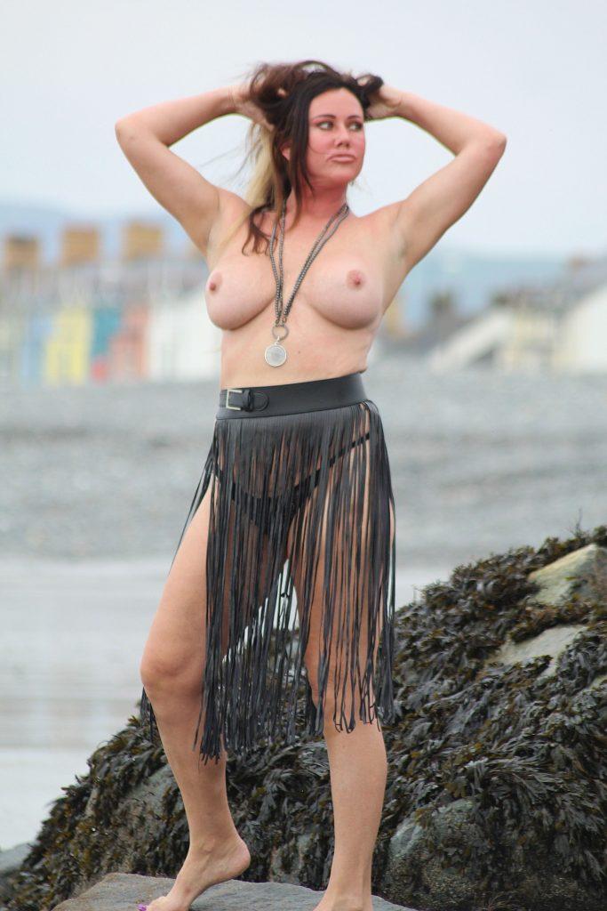 Lisa Appleton Topless Photos