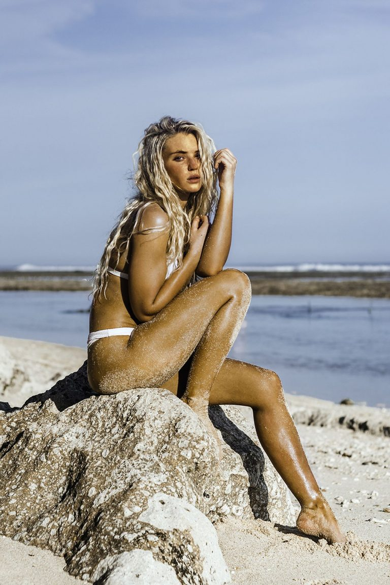 Lucie Donlan, Beach Photo Session