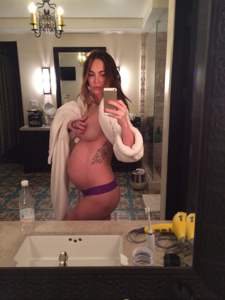 Megan Fox Nude Pregnant Pictures, Sexy