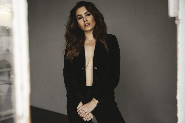 Sophie Simmons Nude Pics, Butt and Ass