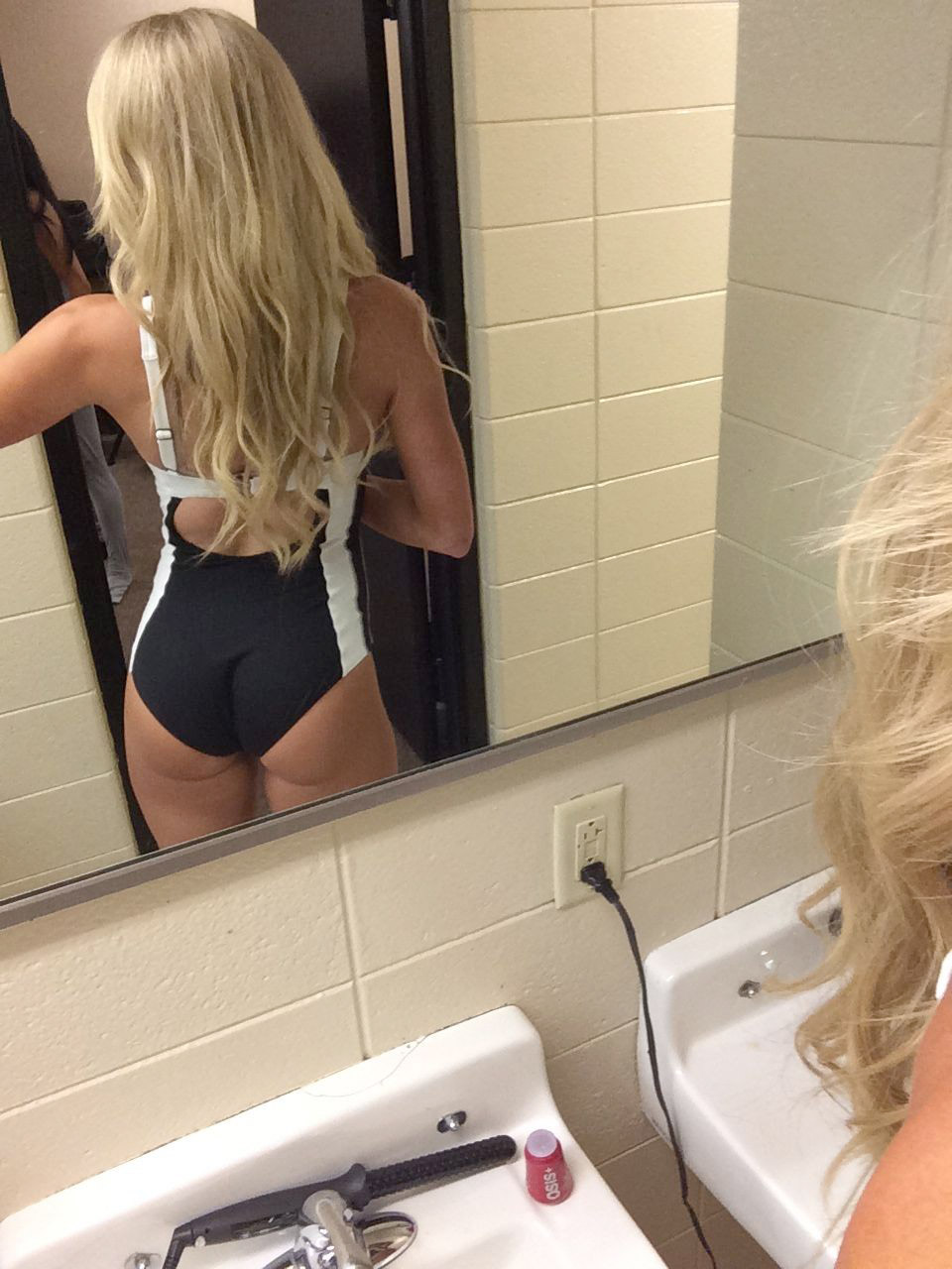 WWE Summer Rae Leaked Photos, Selfies, Bikini and Nude Pics