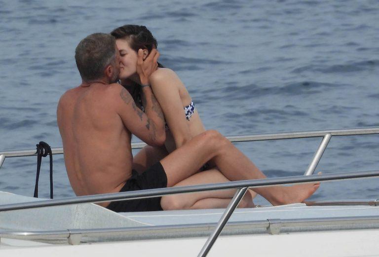 Tanya Frolova Kissing On The Yacht