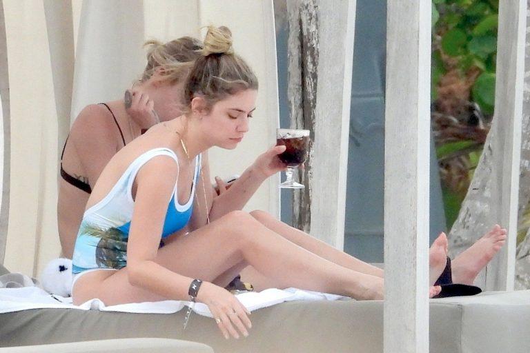 Ashley Benson and Cara Delevingne Pics