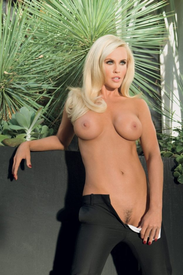 Jenny McCarthy Hot Nude Pictures