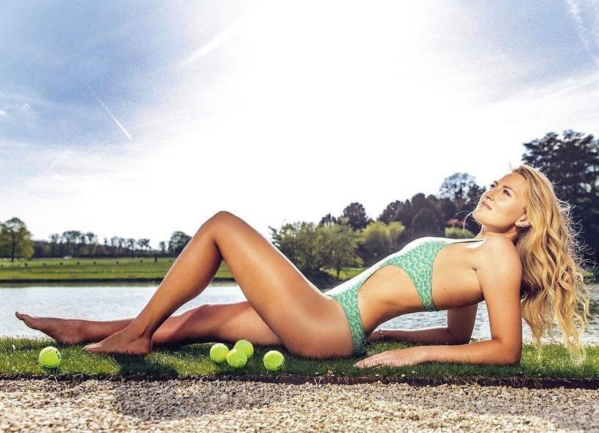 Kristina Mladenovic Sexy Vacation Photos