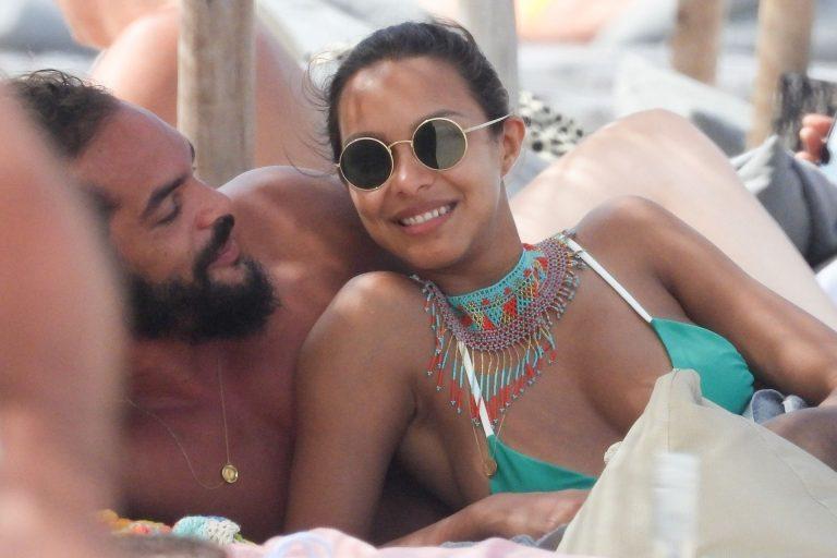 Lais Ribeiro Sexy Photos On Vacation