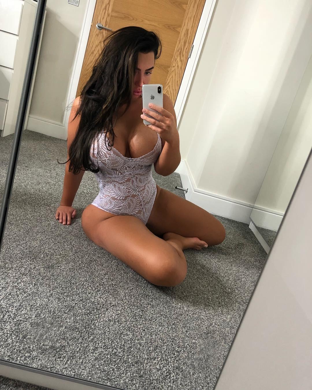 Lauren Goodger Leaked Blowjobs Pictures
