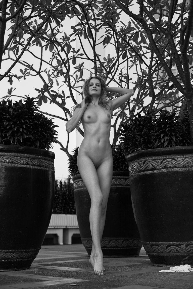 Sumner nackt sophie Sophie Sumner