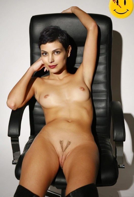 Morena Baccarin Nude And Sexy Photoshoot