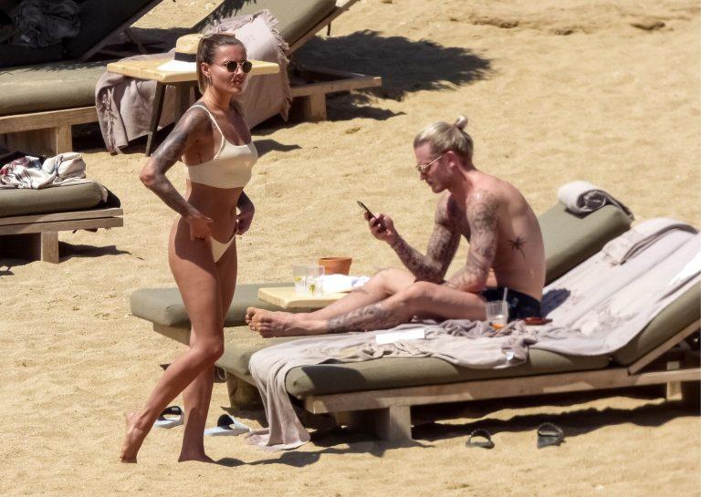 Sophia Thomalla On The Beach, Sexy