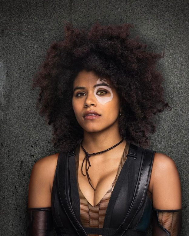 Zazie Beetz Sexy Leaked Pictures