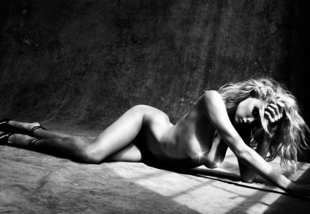 Charlotte McKinney Nude Black And White Pics