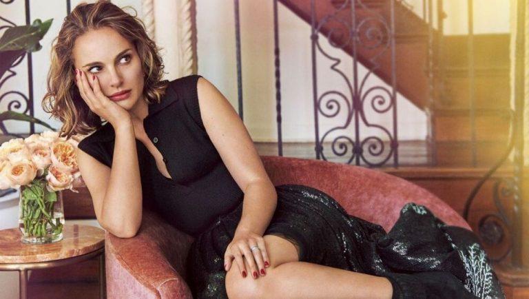 Natalie Portman Sexy Blonde Photos, Cleavage