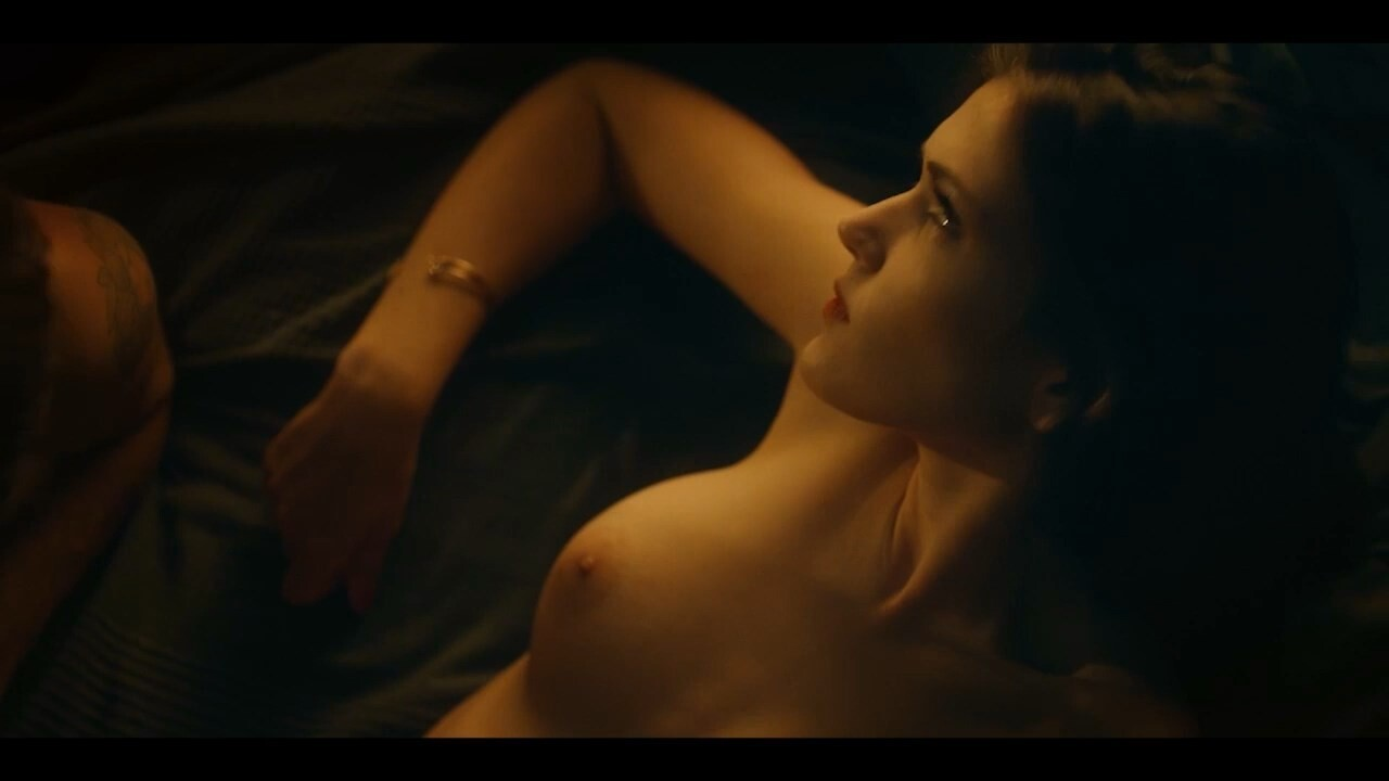 Jenna Harrison  nackt