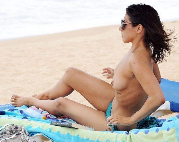 Roxanne Pallett Topless Photos, Beach Body