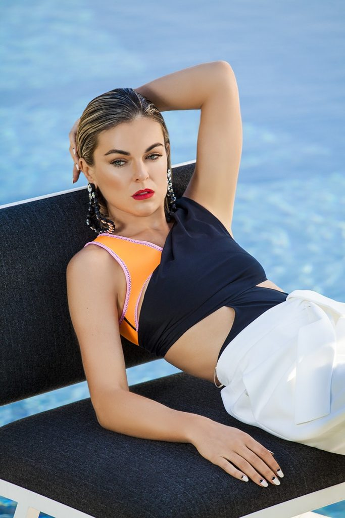 Serinda Swan Sexy Pictures, Incredible Curves   The Fappening TV