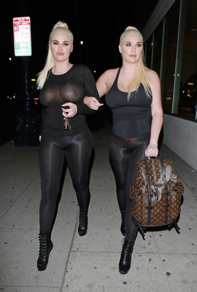 Kristina and Karissa Shannon Amazing Curves