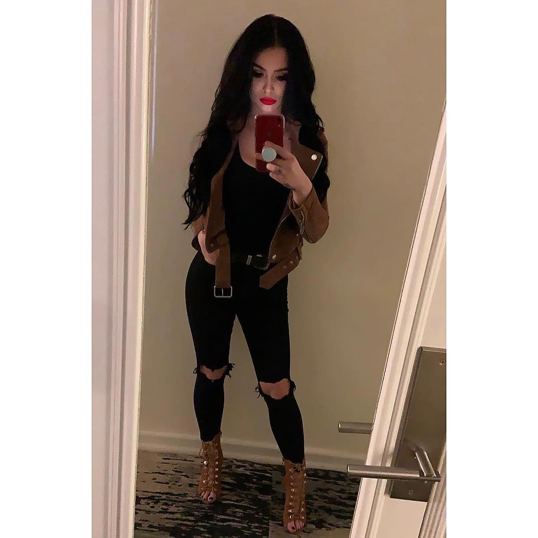 Paige WWE Nude Leaked Photos, Cumshot Picture