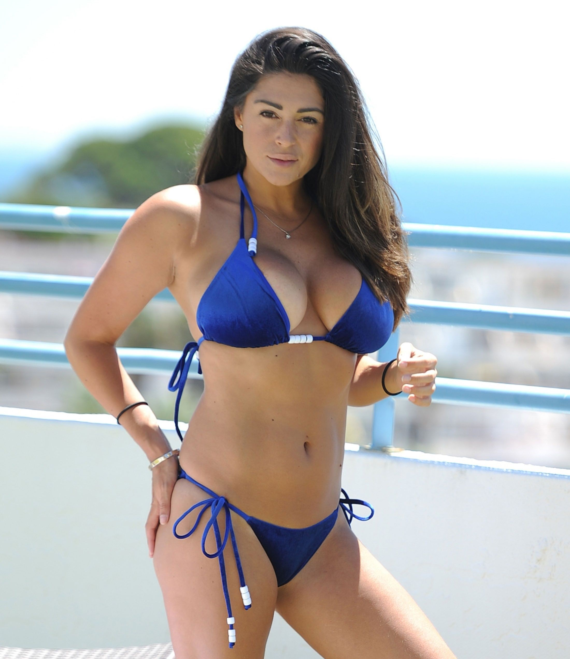 Casey Batchelor Bikini Photos, Great Cleavage