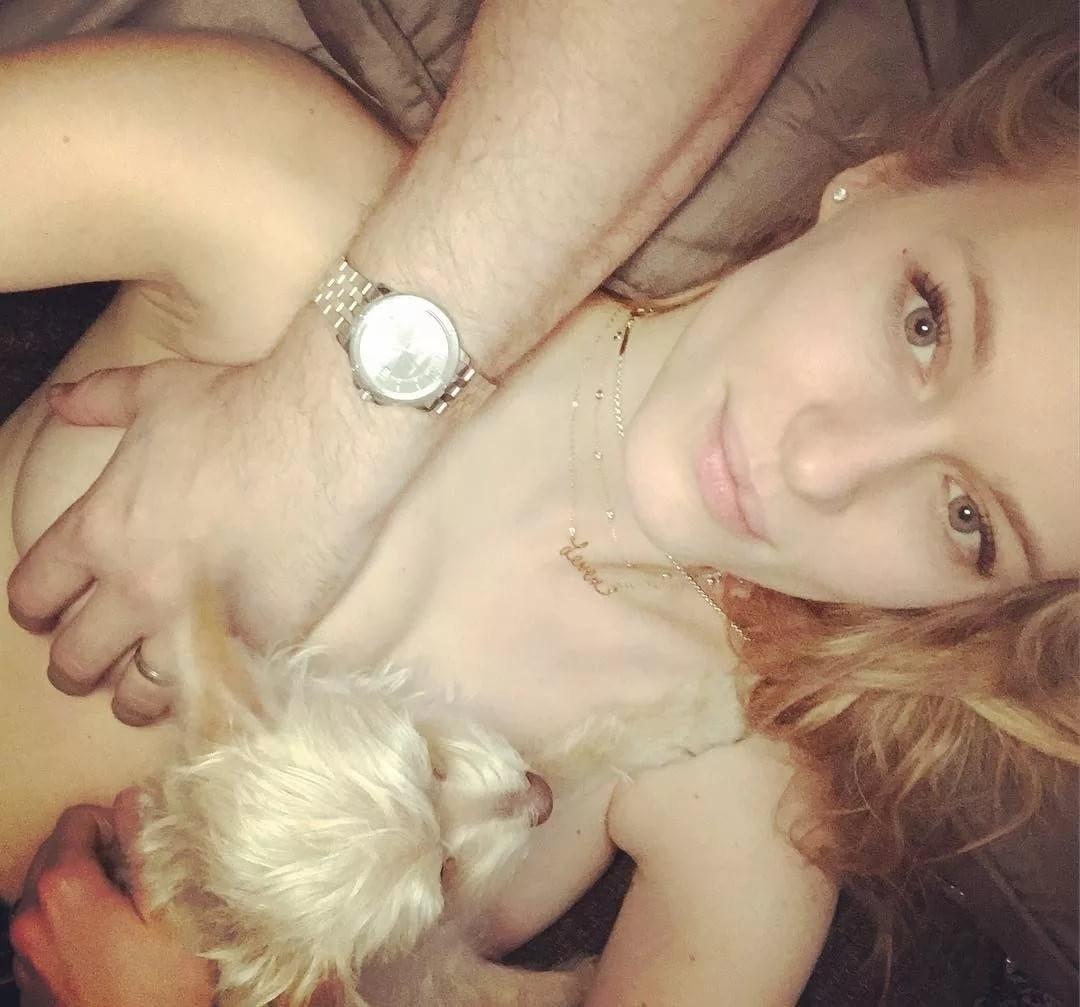 Leven Rambin Leaked Nude Photos, Boob Grabbing