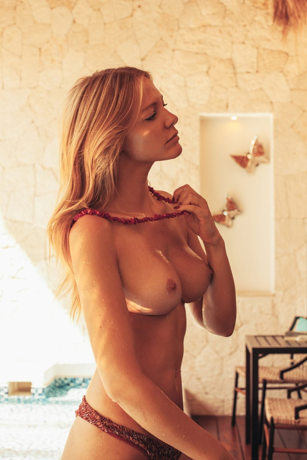 Bianca Wolf Stunning Nude Pictures